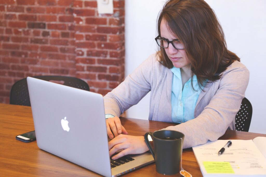 deciding on an email subject line